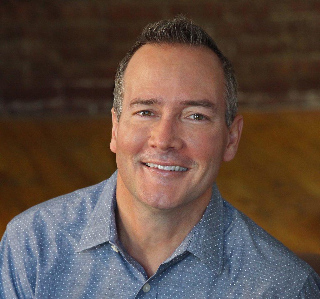 Michael Moran, LCSW, CST & EFT Supervisor arbetar med problem kring sex i parterapi